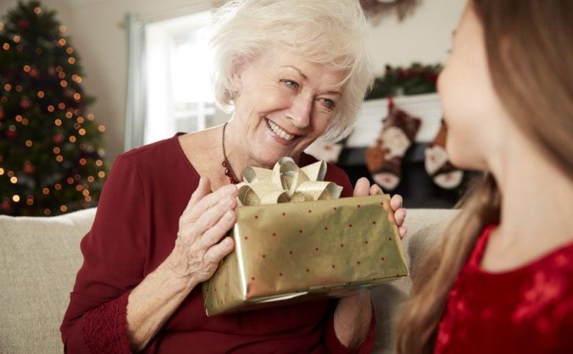 Bedstemor der får julegave